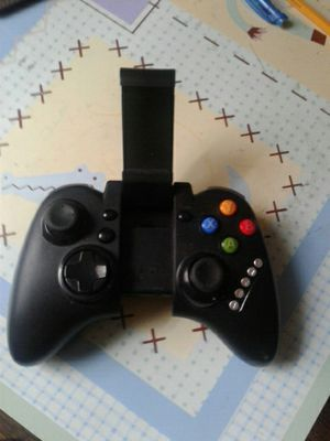 Bluetooth gaming controller for Sale in University Heights, OH