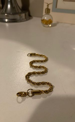 18k gold plated braclet for Sale in Albany, NY