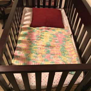 4 In 1 Convertible Crib for Sale in Dublin, OH
