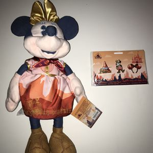 Disneyland Disney Store Minnie Mouse Main Attraction The Big Thunder Railroad Plush And Pin Set !!!!! for Sale in Happy Valley, OR