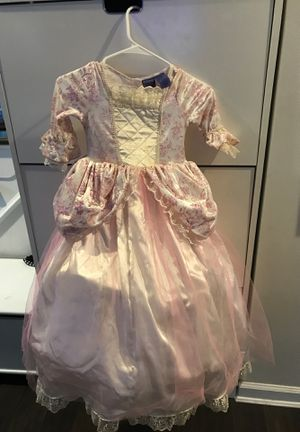 Stunning Disney costume! Sz 5-6 for Sale in Potomac, MD