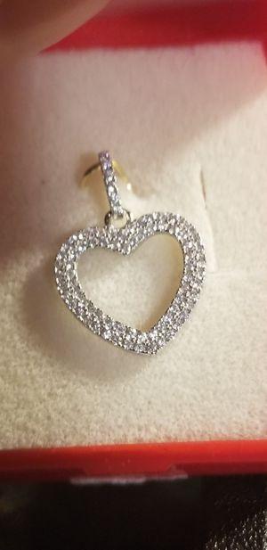 BEAUTIFUL HEART DIAMOND PENDANT for Sale in Fairfax, VA