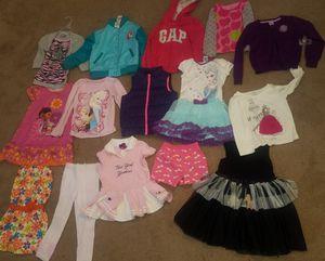 size 4T girls Forzen, Disney, gap, vest for Sale in El Paso, TX