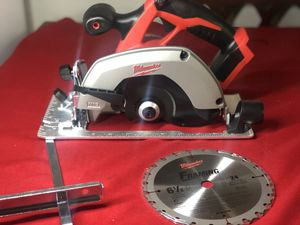 Milwaukee M18 18-Volt Lithium-Ion Cordless 6-1/2 in. Circular Saw (Tool-Only) for Sale in Anaheim, CA