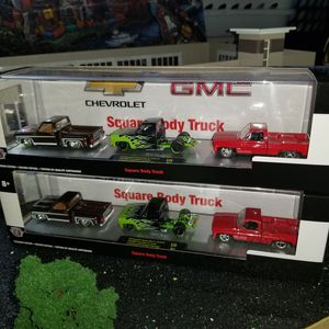 M2 Squarebody truck set 1/64 for Sale in Minneapolis, MN