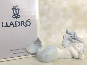 Mermaid day dreaming at sea (matte) porcelain figurine by Lladro #18112 for Sale in Windermere, FL
