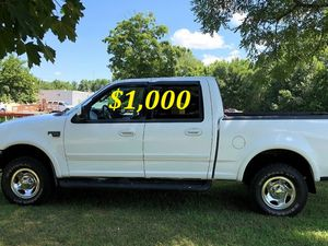 🔑💲1,OOO I'm seling URGENTLY 🔑2OO2 Ford F-15O Super Crew Cab 4-Door Runs and drives very smooth Clean Title🔑🔑🔑 for Sale in Washington, DC
