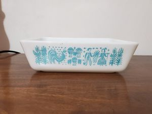 Butterprint Pyrex fridgie for Sale in Lathrop, CA
