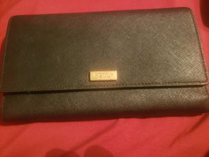 Kate Spade Tri Fold Wallet for Sale in Lugoff, SC