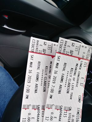 Kelly Clarkson Concert Tickets for Sale in Falls Church, VA
