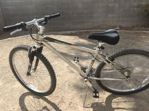 "Specialized Mountain Bike. 21 speed. 26"", frame 15. New tires for Sale in Las Vegas, NV"