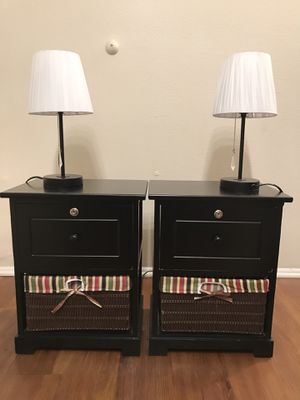 Night Stands with lamps (Set of 2) for Sale in Alhambra, CA
