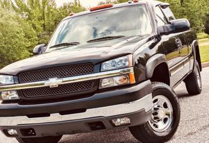 Chevy SILVERADO year04! Fully Loaded 100% for Sale in Hampton, VA