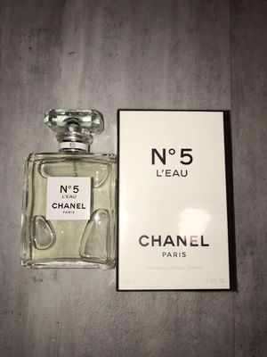 No5 chanel perfume for Sale in Midway City, CA