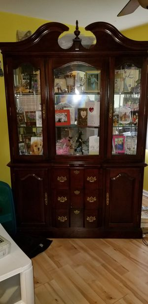 Cherry Dining Set with table and chairs. for Sale in Ontarioville, IL