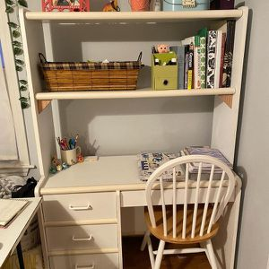 Desk and Chair for Sale in Cumberland, RI