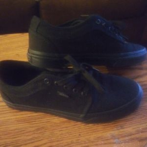 Vans all black chukka lows size 9.5 for Sale in Las Vegas, NV