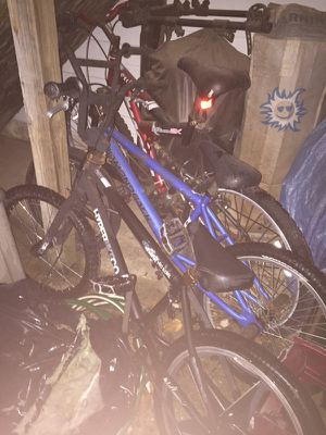 Blue diamondback black hyperbikeco bmx bikes for sale all bikes seen for 135 for Sale in Odenton, MD
