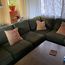 L Shaped Sectional Couch for Sale in Seattle,  WA