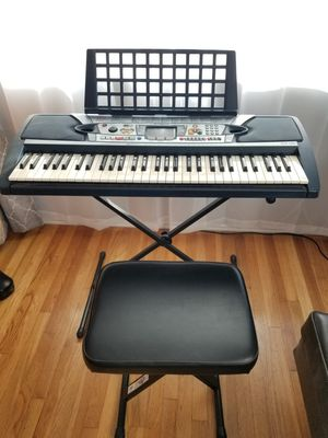 Yamaha keyboard, stand and seat for Sale in Torrance, CA