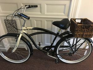 Schwinn 7-speed cruiser bike with lock, bell and LED light for Sale in Pittsburgh, PA