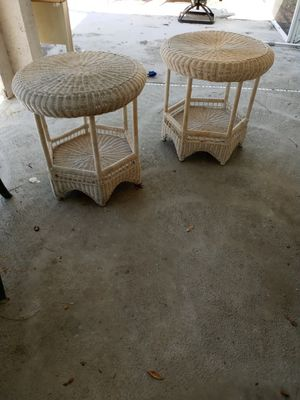 TWO 26 INCH ROUND EXCELLENT CONDITION WICKER TABLES $25 A PIECE for Sale in Palm Bay, FL