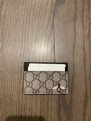 Gucci wallet for Sale in Dearborn, MI