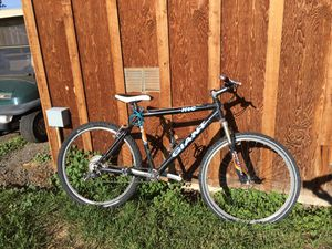 mountain bike for Sale in Bend, OR