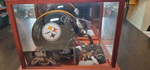 Signed and framed Troy Polamalu Pittsburgh Steelers helmet. for Sale in Lynchburg, VA