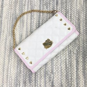 Sanrio Hello Kitty White Quilted Clutch for Sale in Irvine, CA