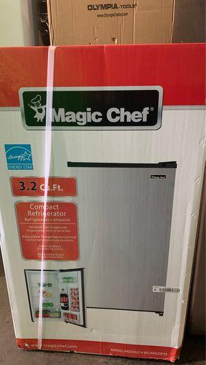 Magic Chef 3.2 cu. ft. Mini Fridge without Freezer in Platinum Steel for Sale in Phoenix, AZ
