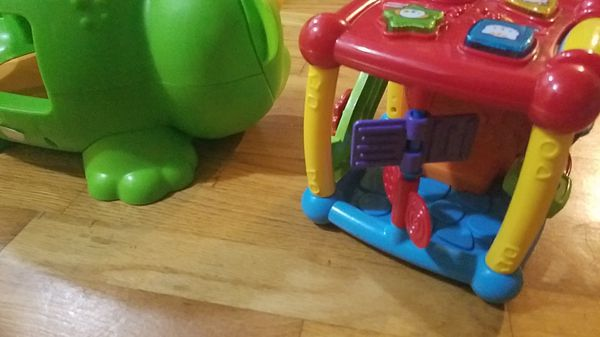Interactive kids baby toddler toys x3 vtech and fisher price.