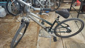 Trek navigator 400 woman mountain bike for Sale in Avondale, AZ