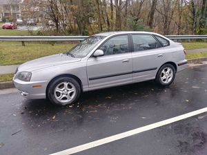 Hyundai elantra 2005 new clutch new tires good heating and air conditioning for Sale in Lake Ridge, VA