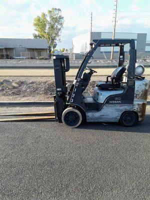 Nissan 6000lb Forklift for Sale in Phoenix, AZ