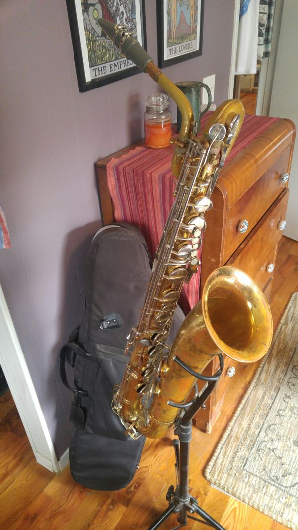 Buescher 400 Baritone Saxophone