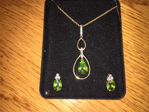 Peridot And diamond necklace with matching earrings for Sale in North Springfield, VA