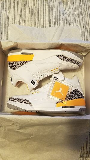 Air Jordan 3 Retro Laser Orange (W) for Sale in Los Angeles, CA