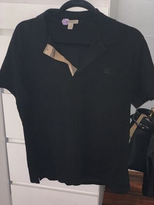 Men's Burberry polo size large for Sale in Whittier, CA