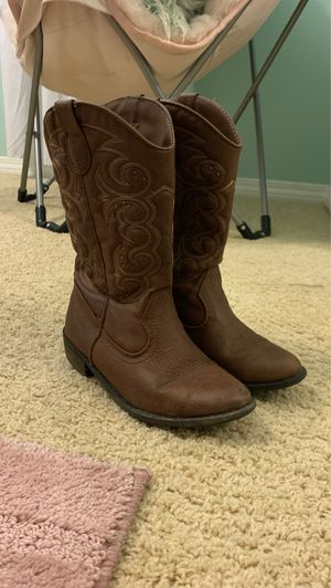 Cow girl boots for Sale in Perris, CA