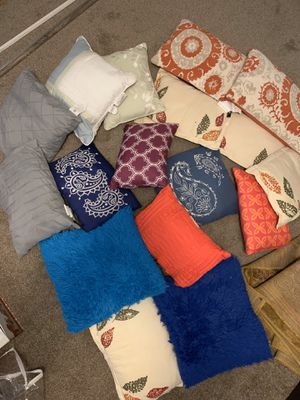 Accent Pillows for Sale in Victoria, TX