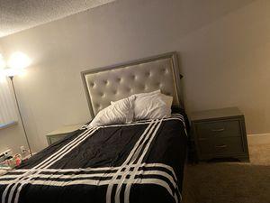 Queen size bedroom set for Sale in Hayward, CA