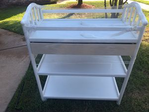 Baby Changing table for Sale in Cypress, TX