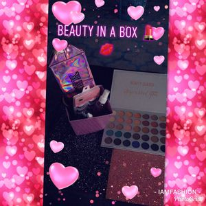 Makeup Lovers Check Out My Page 1st Time Customers Free Gift  for Sale for sale  Houston, TX