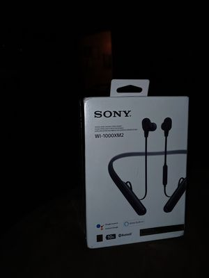 SonySound cancelling headphones wi-1000xm2 for Sale in Elma, WA