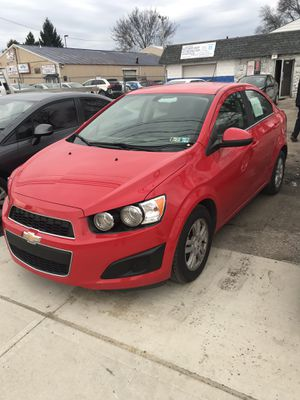 2015Chevrolet Sonic. Clean title. for Sale in Columbus, OH