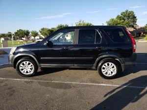 Honda crv 2005 for Sale in Los Banos, CA