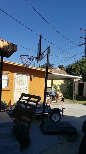 Lifetime Basketball Hoop quick adjust for Sale in San Gabriel, CA