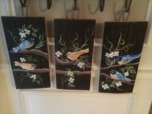 Beatiful birds hand painted. for Sale in Duluth, GA