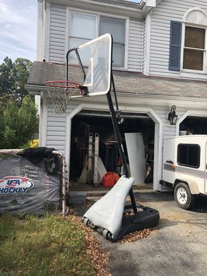 Basketball hoop for Sale in Gaithersburg, MD